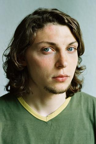 Neue Portraits, Junger Mann mit halblangem Haar, 2006